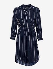 Selected Femme - SLFDAMINA 7/8 AOP DRESS NOOS - paitamekot - dark sapphire - 0