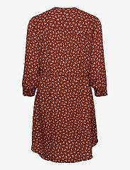 Selected Femme - SLFDAMINA 7/8 AOP DRESS - alledaagse jurken - smoked paprika - 1