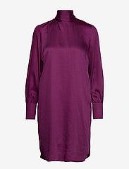 Selected Femme - SLFQUINN LS NECK TIE DRESS B - robes midi - clover - 0