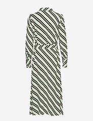 Selected Femme - SLFPIXIE-FLORENTA LS MIDI DRESS B - robes midi - laurel green - 1
