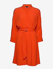 Selected Femme - SLFEMERY-VIENNA 7/8 SHORT DRESS B - robes chemises - orange.com - 0
