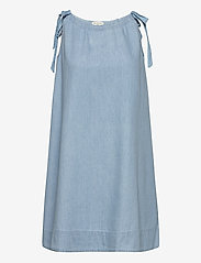 Selected Femme - SLFNOVO SL DRESS W - robes en jeans - light blue - 0