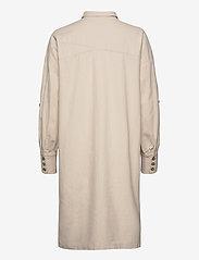 Selected Femme - SLFMALVINA-TONIA LS SHIRT DRESS B - robes chemises - sandshell - 1