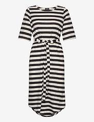 Selected Femme - SLFIVY 2/4 BEACH DRESS B - overige badmode - black - 0