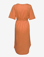 Selected Femme - SLFIVY 2/4 BEACH DRESS B - strandtøj - caramel - 1