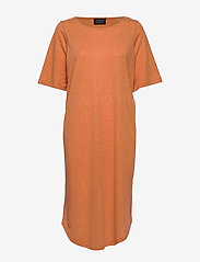 Selected Femme - SLFIVY 2/4 BEACH DRESS B - strandtøj - caramel - 2