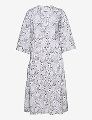 Selected Femme - SLFROSELLA-FLORENTA 3/4 MIDI DRESS B - midi dresses - snow white - 0