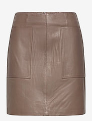 Selected Femme - SLFMOON MW LEATHER SKIRT  W - korta kjolar - fossil - 0