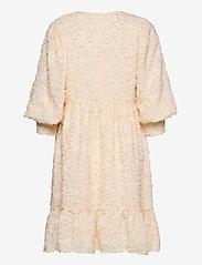 Selected Femme - SLFDANIELA 3/4 DRESS B - blondekjoler - sandshell - 1