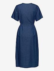 Selected Femme - SLFCLARISA SS V NECK DRESS U - summer dresses - medium blue denim - 1