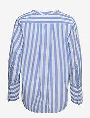 Selected Femme - SLFKELLY LS V-NECK STRIPED TOP W - jeanshemden - bright white - 1