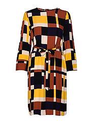 SLFHADLEY-TUNNI 7/8 AOP SHORT DRESS B - GINGER BREAD