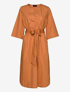 SLFCARLOTTA 3/4 MIDI KAFTAN DRESS B - midi dresses - caramel