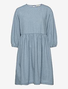SLFNOVO 3/4 SHORT DRESS W - jeansklänningar - light blue