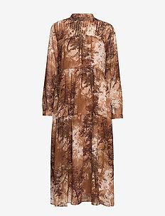 SLFFOREST-SPILLE LS DRESS EX - shirt dresses - thrush