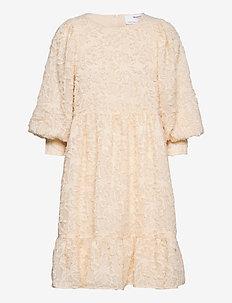 SLFDANIELA 3/4 DRESS B - spetsklänningar - sandshell
