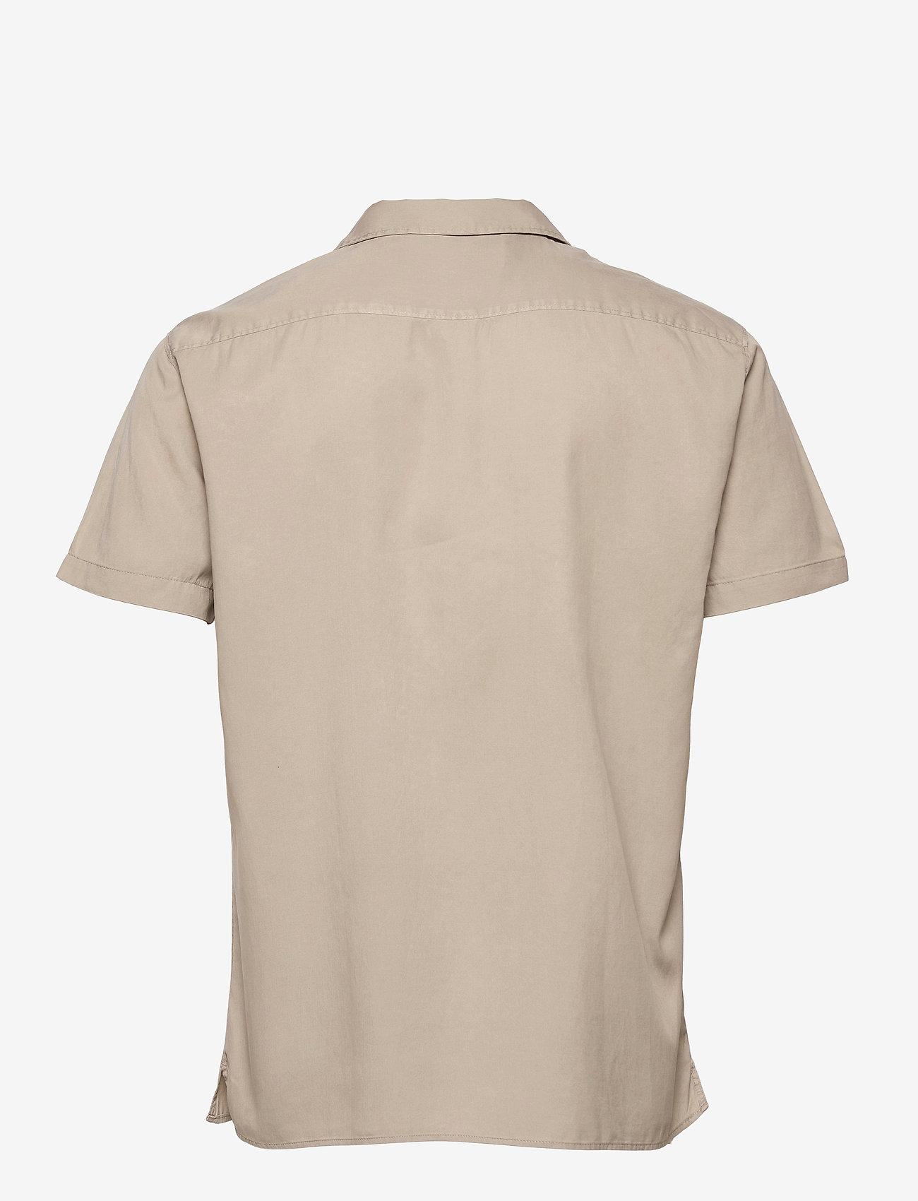 Selected Homme - SLHREGSOFT CUBAN SHIRT SS W - chemises à carreaux - crockery - 1