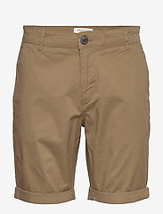 Selected Homme - SLHSTRAIGHT-PARIS SHORTS W NOOS - chino's shorts - camel - 0