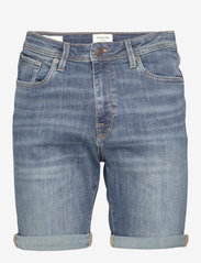 Selected Homme - SLHALEX 329 MBLUE SU-ST DNM SHORT W NOOS - farkkushortsit - medium blue denim - 0
