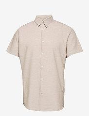 Selected Homme - SLHREGNEW-LINEN SHIRT SS CLASSIC W - koszule w kratkę - crockery - 0