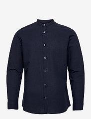 Selected Homme - SLHSLIMNEW-LINEN SHIRT LS CHINA W - koszule lniane - navy blazer - 0