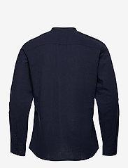 Selected Homme - SLHSLIMNEW-LINEN SHIRT LS CHINA W - koszule lniane - navy blazer - 1