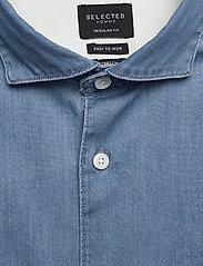 Selected Homme - SLHREGSEL-NOOR SHIRT LS B NOOS - podstawowe koszulki - medium blue denim - 2
