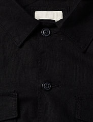 Selected Homme - SLHEAST LINEN OVERSHIRT W - chemises basiques - black - 2