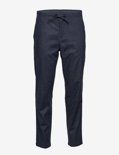 SLHSLIMTAPERED-DAVE LINEN PANTS B - suit trousers - sky captain