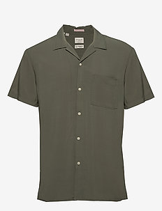 SLHREGKARLSSON SHIRT SS  W - short-sleeved shirts - beetle
