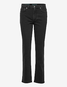 Womens Slim Straight Jean - slim jeans - washed black