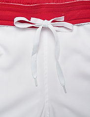 Sergio Tacchini - CLUB TECH SHORTS - træningsshorts - white/red - 3