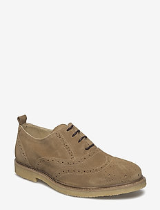 Paul S - brogues - sand