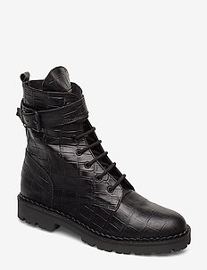 HAILEY LACE UP CROCO - BLACK