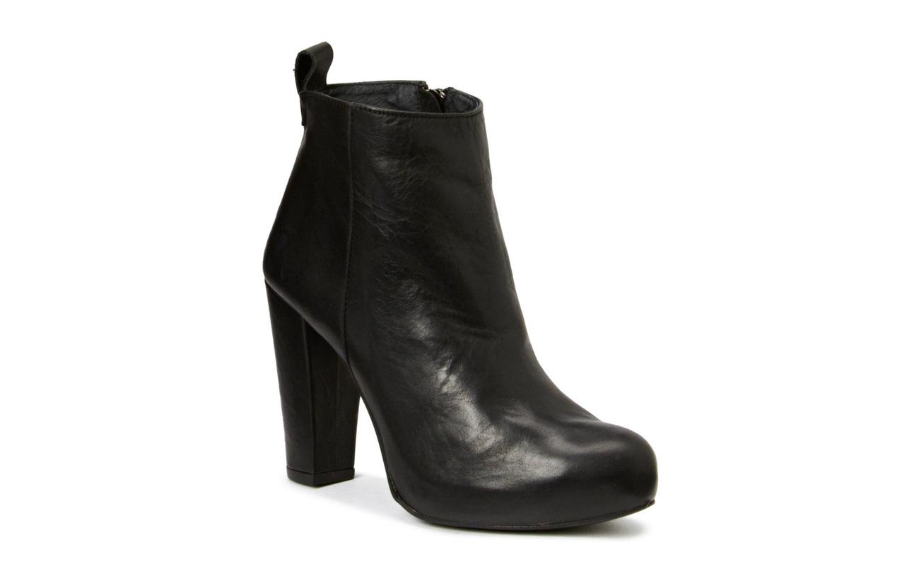 Shoe Biz High Heeled Boots - BLACK