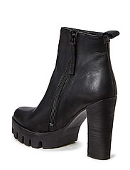 Boot with Plateau High Heel
