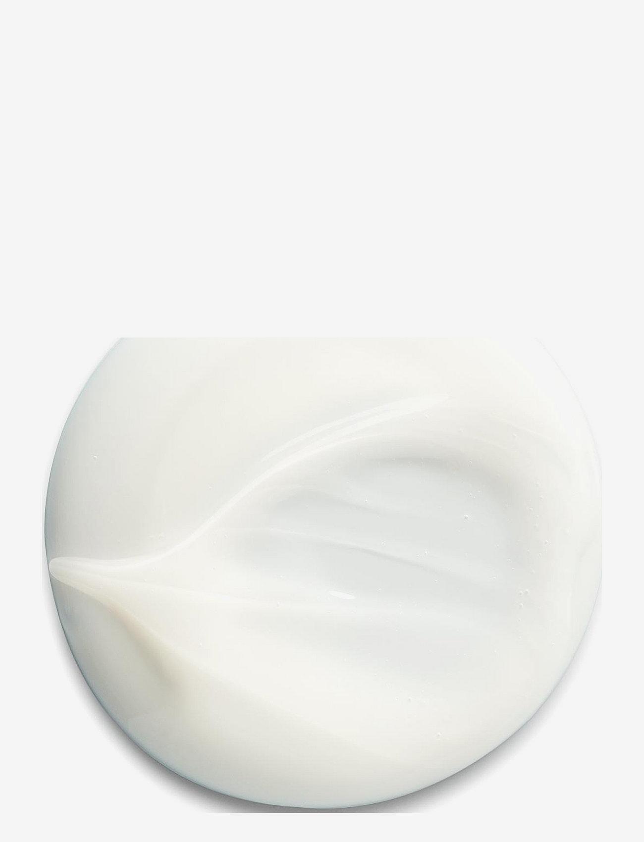 Shu Uemura Art of Hair - Silk Bloom Shampoo - shampoo - clear - 1