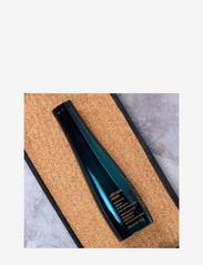 Shu Uemura Art of Hair - Ultimate Reset Shampoo - shampoo - clear - 4