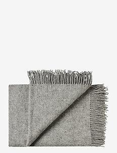 Samsø 140x240 cm - filtar - 0115 nordic grey