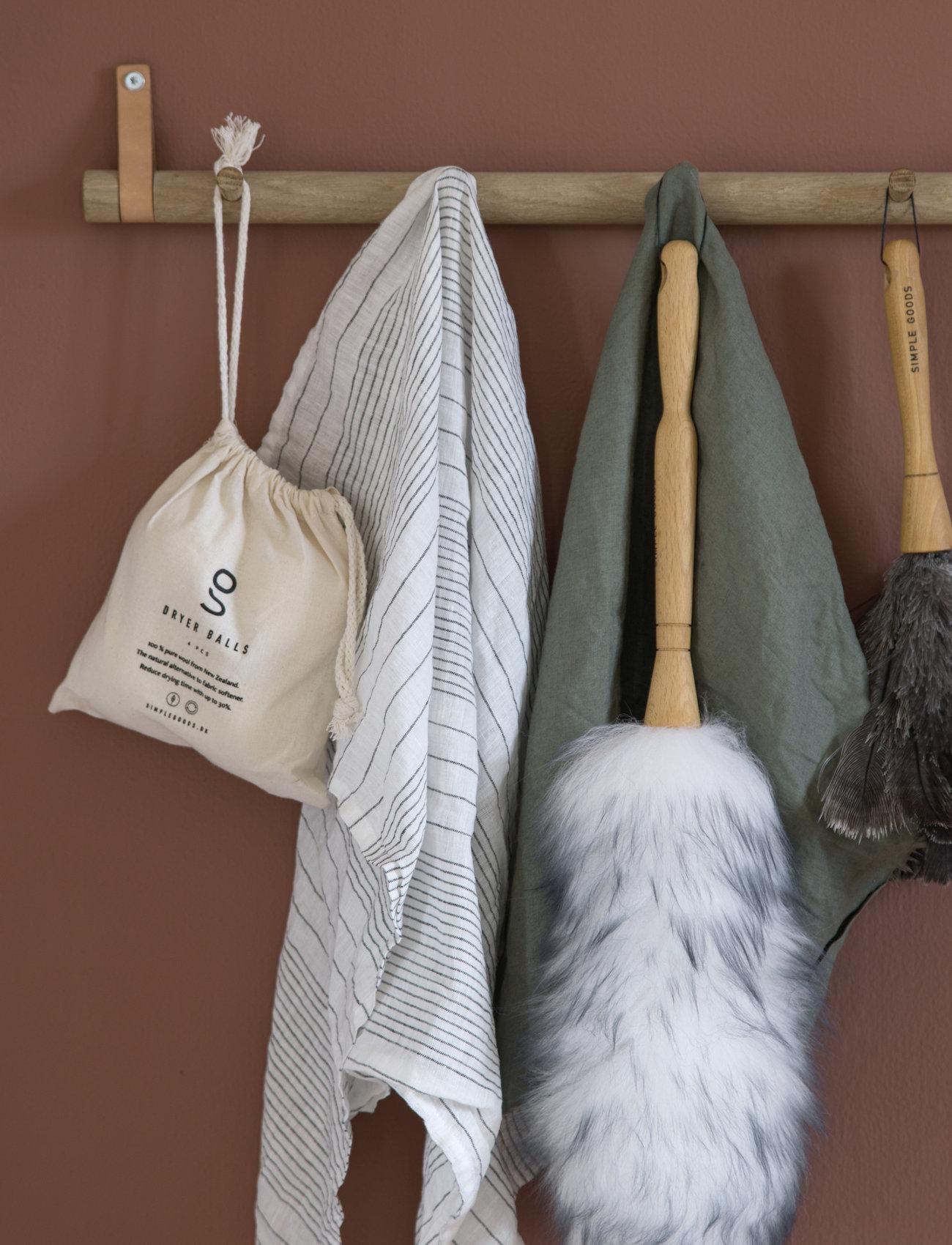 Simple Goods - Duster Lambswool - sopborstar & sopkvastar - white / wood - 1