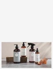 Simple Goods - Hand Cleanser, Lavender, 250 ml - kroppsvård - clear - 1