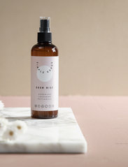 Simple Goods - Room Mist, Geranium - Övrigt diskning & städning - clear - 1