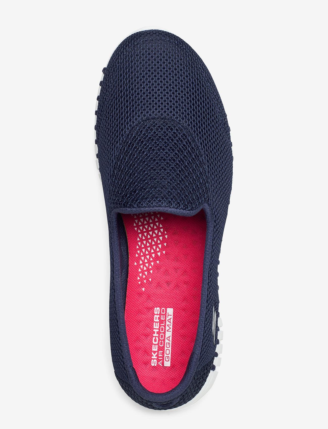 Womens Go Walk Smart (Nvw Navy White) - Skechers