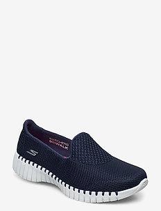 Womens Go Walk Smart - slip on sneakers - nvw navy white