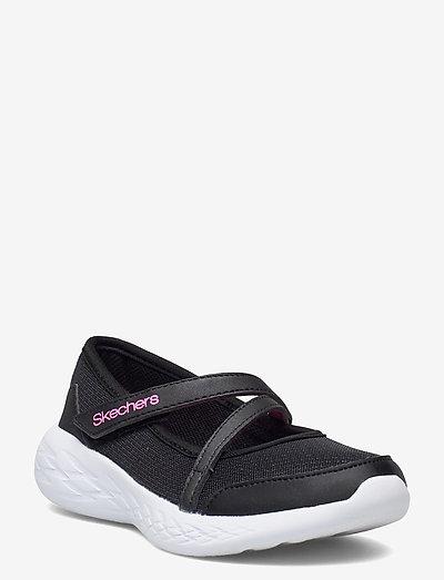 Girls Go Run 600 - ballerinaer og slip-ons - blk black