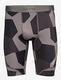 DNAmic Mens 1/2 Tights - SMALL CAMO CHARCHOAL