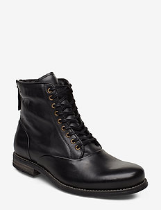 Delerius - laced boots - black