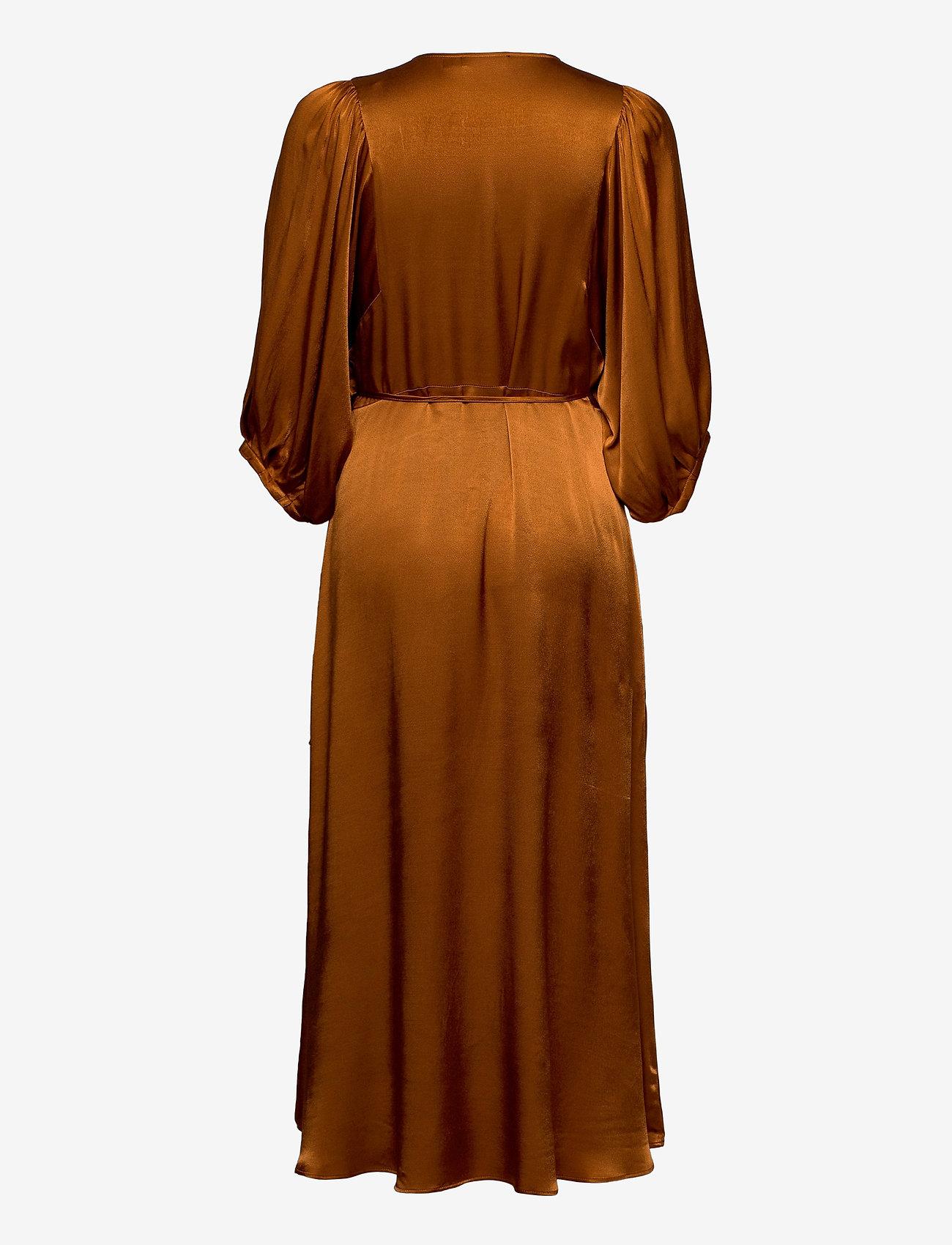 Slnanuli Dress 3/4 (Sugar Almond) (97.50 €) - Soaked in Luxury yTOAf