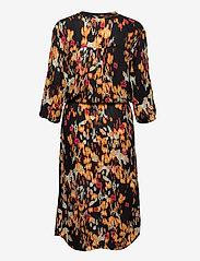 Soaked in Luxury - SL Zaya Dress - vardagsklänningar - dizzy floral print black - 2