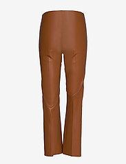 Soaked in Luxury - SLKaylee PU Kickflare Pants - læderbukser - mocha bisque - 1